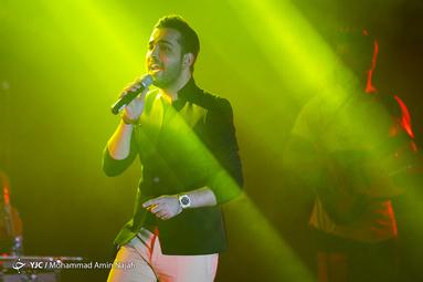 کنسرت فرزاد فرخ در همدان