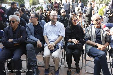 تشییع پیکر مرحوم داریوش اسدزاده