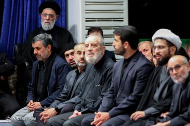 حضور احمدی نژاد در مراسم عزاداری شام غریبان در حسینیه امام خمینی(ره