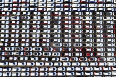 بیش از 3200 خودرو داخلی در بندر Lianyungang برای صادرات در چین