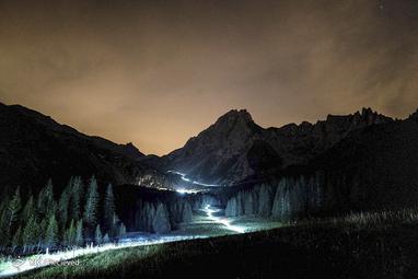 چراغ های تریلر برای عبور از فرانسه،ایتالیا و سوئیس