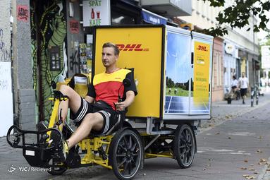 پیک تحویل بسته در برلین، آلمان