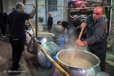 مراسم عزاداری چهل منبر شهر گرگان در شب عاشورای حسینی(ع)