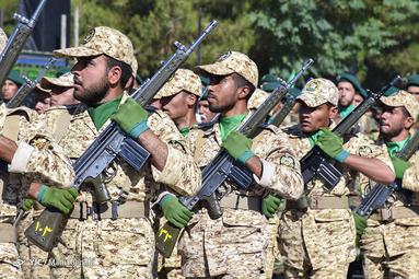 مراسم رژه نیروهای مسلح در کرمان