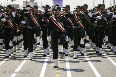مراسم رژه نیروهای مسلح در قم