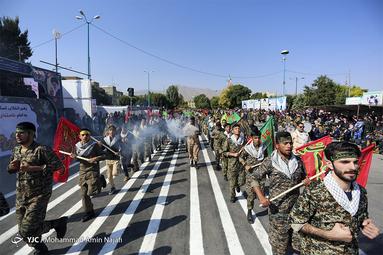مراسم رژه نیروهای مسلح در همدان
