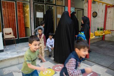 مراسم «جشن شکوفهها» در  در مدرسه بازی محور «شهید علی کریمی»