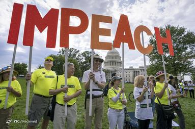 تجمع برای استیضاح رئیس جمهور دونالد ترامپ در واشنگتن