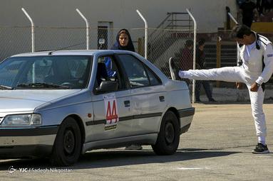 مسابقات اتومبیلرانی امدادی اسلالوم