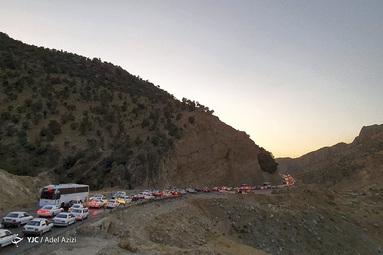 ترافیک جاده منتهی به کرمانشاه