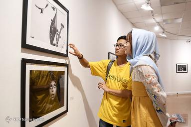 افتتاح نمایشگاه عکس با اربعین زنده شو