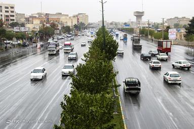 بارش باران پاییزی در کرج