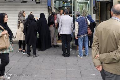 حضور مردم در صف گوشت در تهران