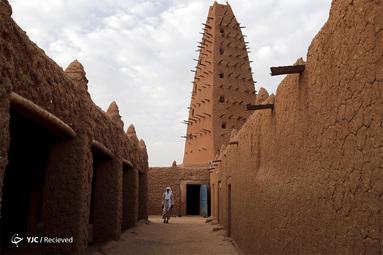 مسجد قدیمی ، معروف به Grande Mosquée d'Agadez، در آگادز نیجر