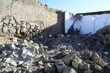 خسارات زلزله در روستای ورنکش