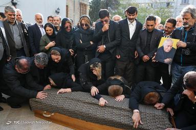 مراسم تشییع پیکر مرحوم ابراهیم آبادی