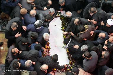 مراسم خاکسپاری سردار دلها در گلزار شهدای کرمان