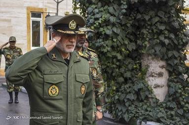 بازدید وزیر دفاع از دانشگاه افسری ارتش
