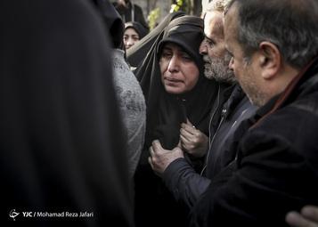 تشییع و خاکسپاری ۱۱ شهید سانحه هوایی در اصفهان