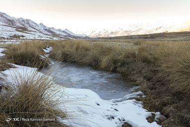 یخ زدن سطح آب تالاب سولقان و چغاخور