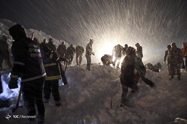 کار جستجو و نجات در اثر ریزش بهمن در ترکیه