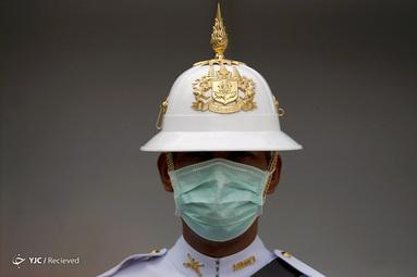 یک نگهبان سلطنتی تایلند در بانکوک