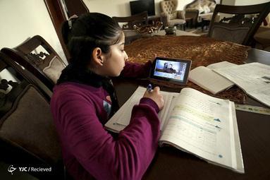 آموزش آن لاین کلاس های مجازی در فلسطین بخاطر شیوع کرونا