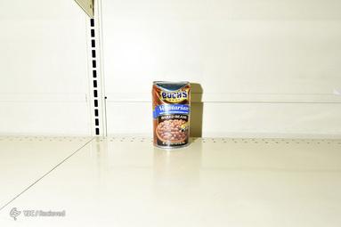 خالی شدن قفسه های فروشگاه در کالیفرنیا آمریکا بخاطر شیوع کرونا