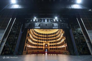 سالن تئاتر در پالرمو ایتالیا