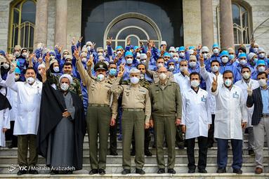 تجلیل ارتش از مدافعان سلامت