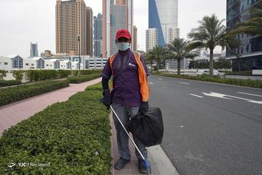 آرجون شرتسا یک کارگر پاکسازی زباله ها در دبی امارات است. او که یک کارگر مهاجر است می گوید برای تأمین زندگی باید کار کند
