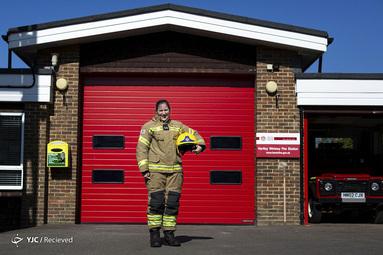 پنی اوبانک یک مأمور آتش نشان در همپشایر انگلستان است. او معتقد است که کارش هم وظیفه است و هم فداکاری