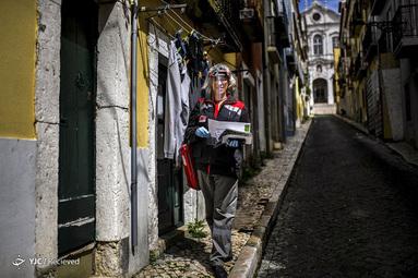 کارلا مارینا فیلگویریرو یک نیروی شرکت پست در لیسبون پرتغال است. او می گوید که دارای تجهیزات مناسبت است و اقدامات احتیاطی را انجام می دهد. او به شغل خود افتخار می کند و آن را وظیفه اش می داند