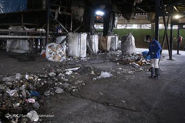 بازدید اصحاب رسانه از مجتمع پردازش و بازیافت زباله «آرادکوه»