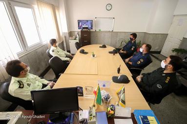 گوش فرا دادن به سخنرانی روز (day) جهانی قدس مقام معظم رهبری بوسیله افسران نیروی انتظامی - کیش