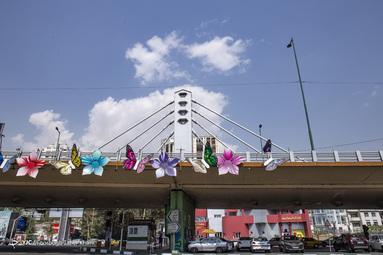 تنها پل معلق تهران یعنی پل پارک وی که در تقاطع خیابان ولیعصر و بزرگراه چمران واقع است دقیقا روی گسل محمودیه قرار دارد.