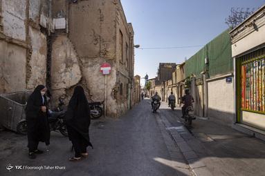 بافت فرسوده و محل تردد و کسب و کار مردم - محله عودلاجان