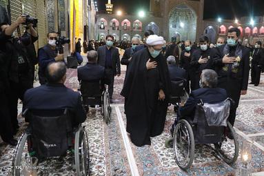 مراسم شام غریبان شهادت امام رضا (ع) با حضور خدام آستان مقدس رضوی - صحن انقلاب